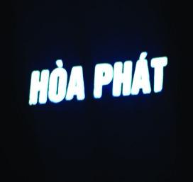 Thi công 4 bộ chữ HÒA PHÁT trên nóc tổ hợp MANDARIN GARDEN 2