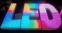 Chữ nổi gắn LED bề mặt - LED hắt âm - hắt mặt - hắt chân chữ